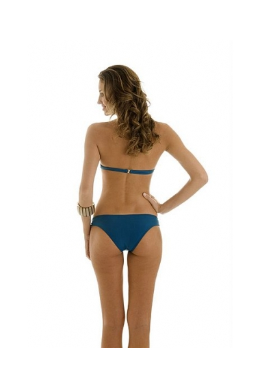 twisted knot bikini back